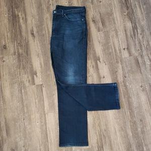 Men's Levi's pants. W 36 L 32